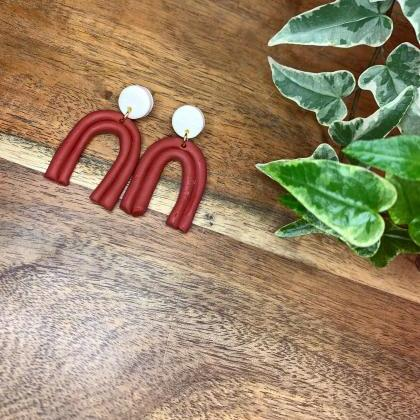 the meredith earrings. cute clay ar..