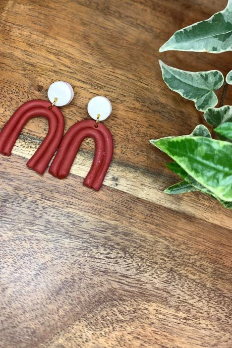 the meredith earrings. cute clay arch earrings